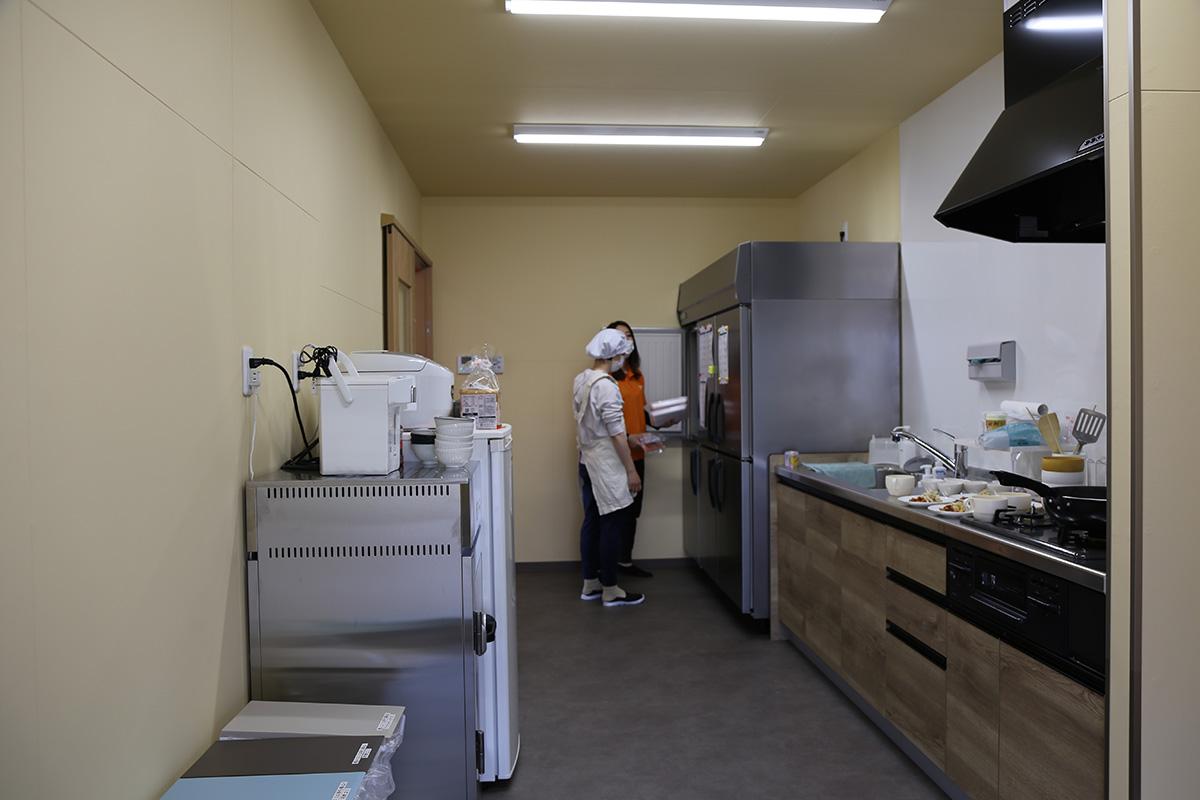 給食室|SAKAIみらいほいくえん|大分の除菌100店舗計画SAKAI株式会社