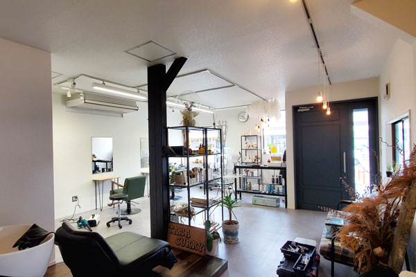 大分市生石 コンビニエント ストア101 1階美容室フロア|除菌100店舗計画SAKAI株式会社